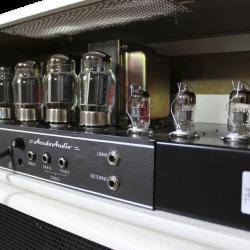 Amplificador valvulado modelo 322B AcedoAudio para contrabaixo