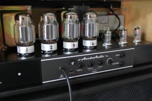Amplificador valvulado AcedoAudio 322B 200W para baixo